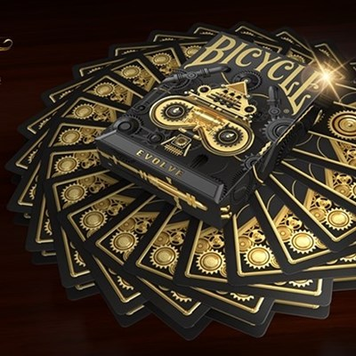 Bicycle Evolve Playing Cards (Standard E…