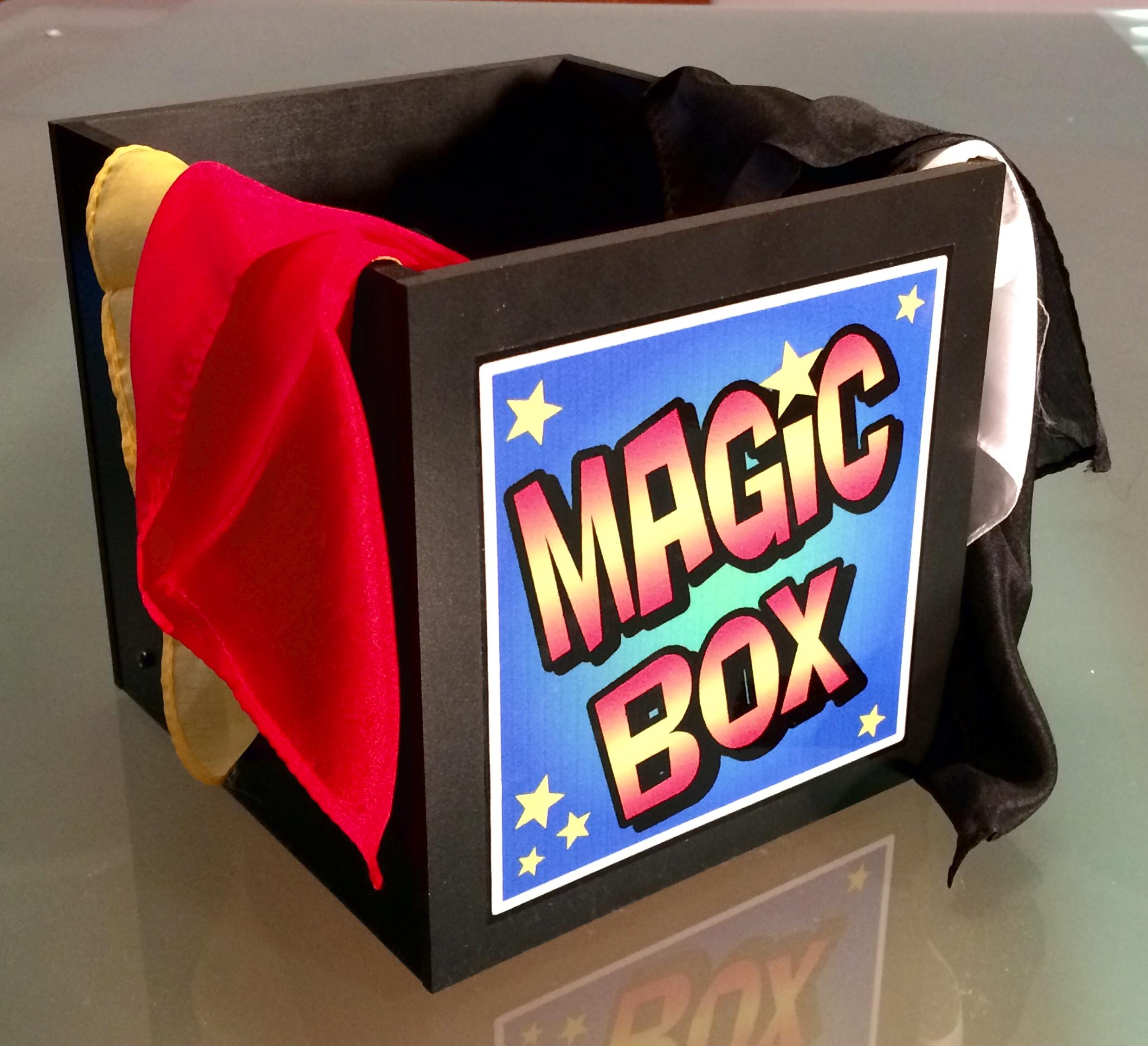 Comedy Magic Silk Box - magic