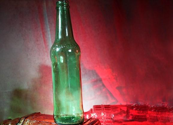 Shattering Bottle - magic