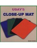 Close-Up Mat  Green Trick